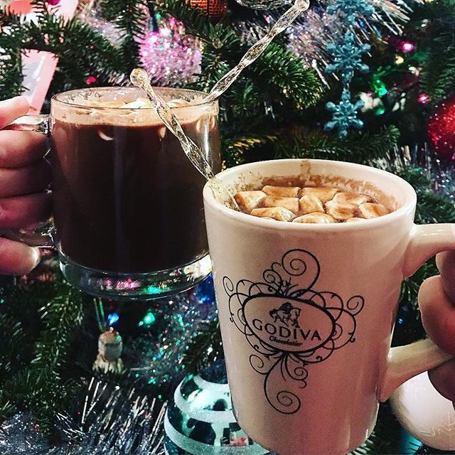 Merry Christmas  Vegan Hot Cocoa 3 cups silk dark chocolate milk 2 cups Milkadamia unsweetened vanilla milk 3 Tablespoons Semi sweet chocolate chips 3 tablespoons sugar 1 teaspoon peppermint extract Bring to boil stirring constantly turn down heat to simmer until chocolate is melted.  Optional: peppermint schnapps in each glass :) Top with marshmallows.  #govegan #Vegan #Vegansofig #Veganfoodshare #WhatVegansEat #PlantBased #crueltyfree #VeganFood #SouthernCooking  #SouthernVegan #instavegan #Instafood #instagood #food #foodphotography #delicious #baking #buzzfeedfood #feedfeed #huffposttaste #f52grams #forkfeed #buzzfeast #tastespotting #goodeats #foodphotography #foodporn #eattherainbow #foodshare #veganbombs