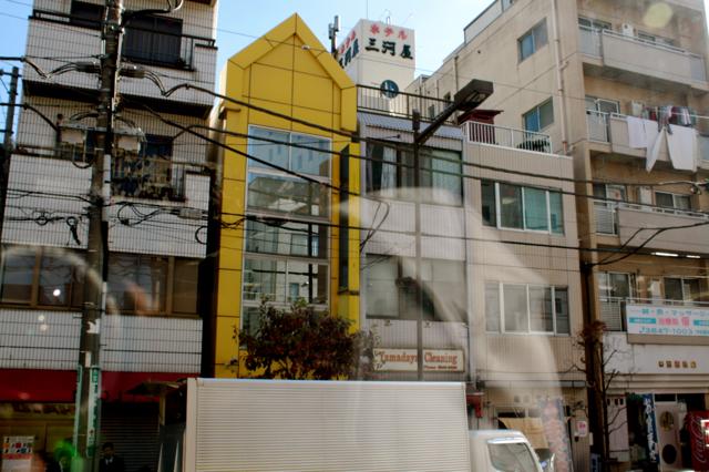 tokyo-building-poche-03