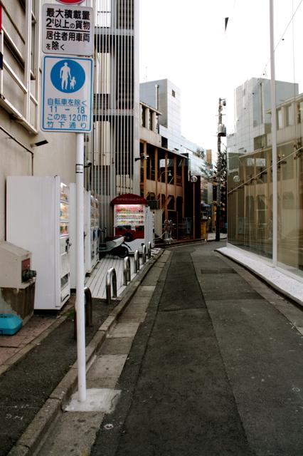 tokyo-building-poche-041