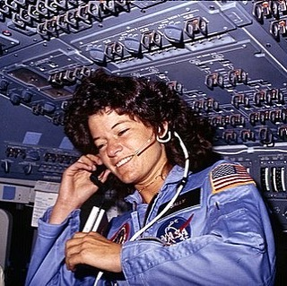 35 years ago today, this badass human became the first women to fly in space! She also happened to be queer and we love that! 😊🌈