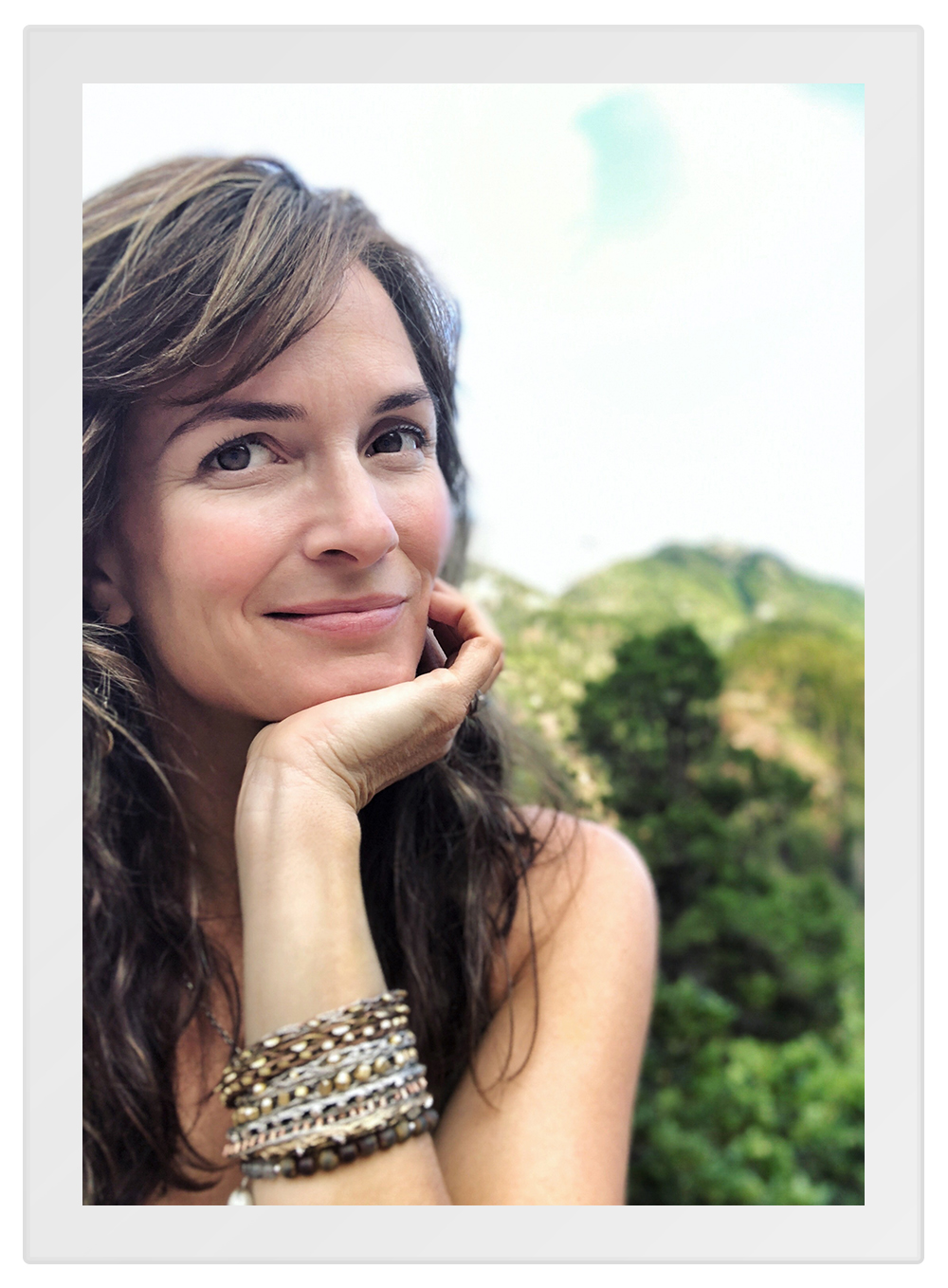 """As a physician, my instinct was to try to help people heal in the least invasive and most productive ways possible,"" explains Osmia founder Dr. Sarah Villafranco, ""which often involved wanting to talk to them about their diet, stress management, exercise, and those sorts of basic pillars of human health."""