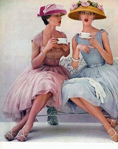 1950s-two-women-talking-coffee.jpg