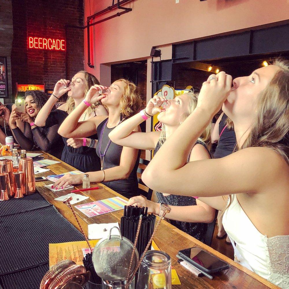 Bachelorette Bar Crawl Scavenger Hunt Nashville