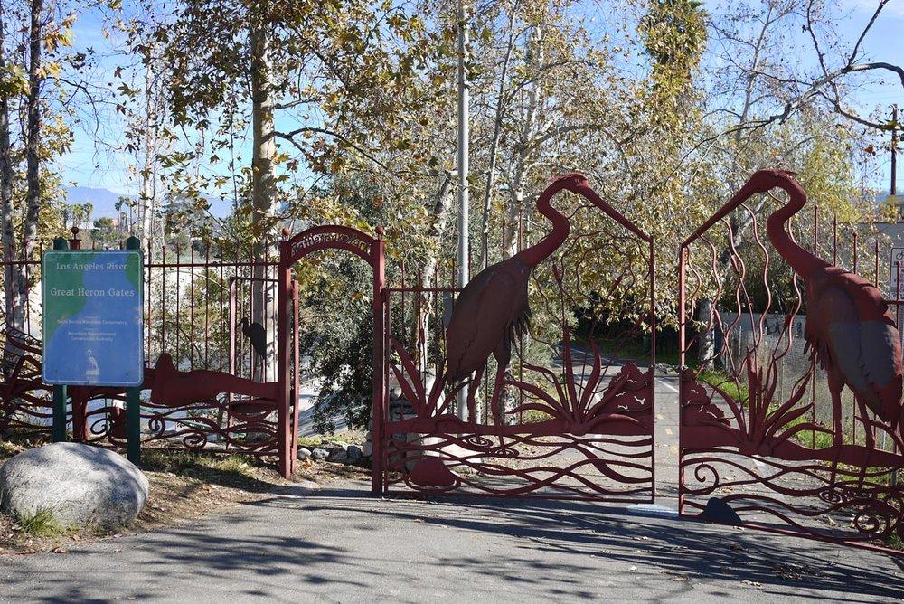 la_river_gates.jpg