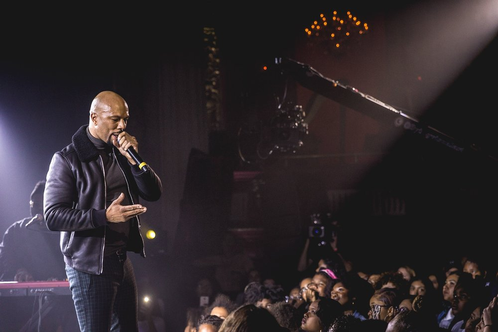Surprise Guest Performance 2017 | Common