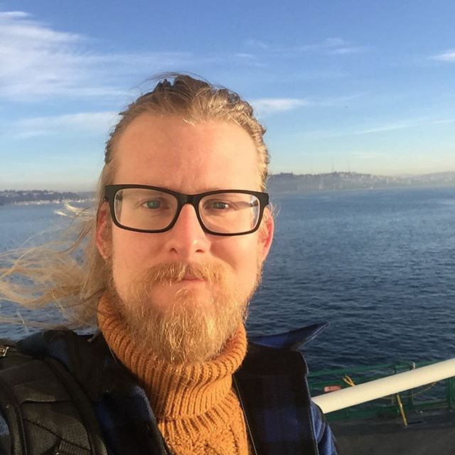 And then a break to explore the high seas. Captain Logan reporting for duty. . . . . #boats #beard #glasses #ocean #sea #sweater #adventure #fun #ferry #seattle