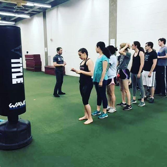 KravMaga seminar ⚔ 🎯 💯 #kravmaga #seminar #chicago #martialarts #mma #selfdefense #group #studio #students #boxing #mixedmartialarts #collage