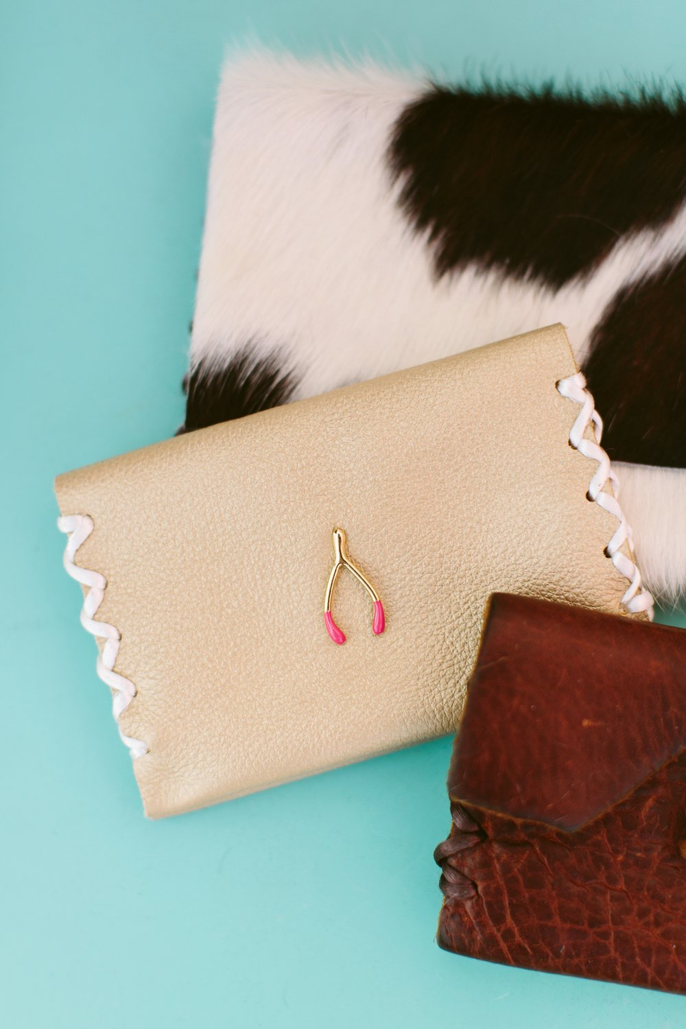 SHOP WALLETS -