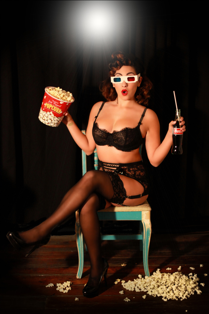 Chicago-Pinup-Photographer-A-Night-At-The-Movies
