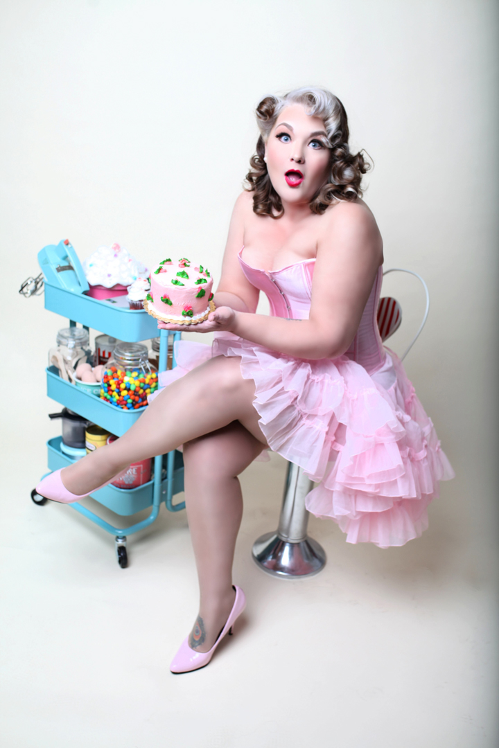 Chicago-Pinup-Photographer-Cakes-and-Sweets