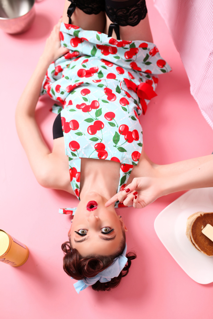 Chicago-Pinup-Photographer-Pink-and-Pancakes
