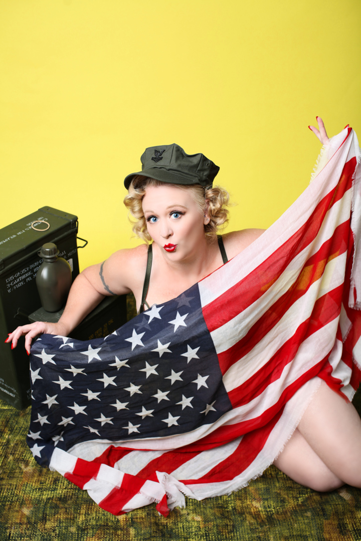 Chicago-Pinup-Photographer-Flag-Babe