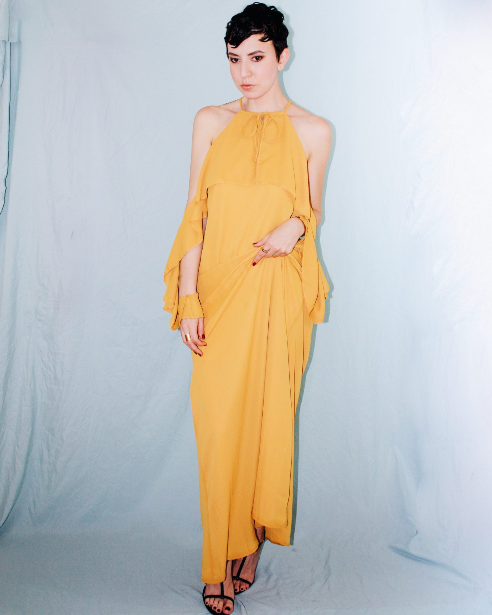 what to wear rooftop missguided yellow ruffle maxi dress ruffle sleeves 7