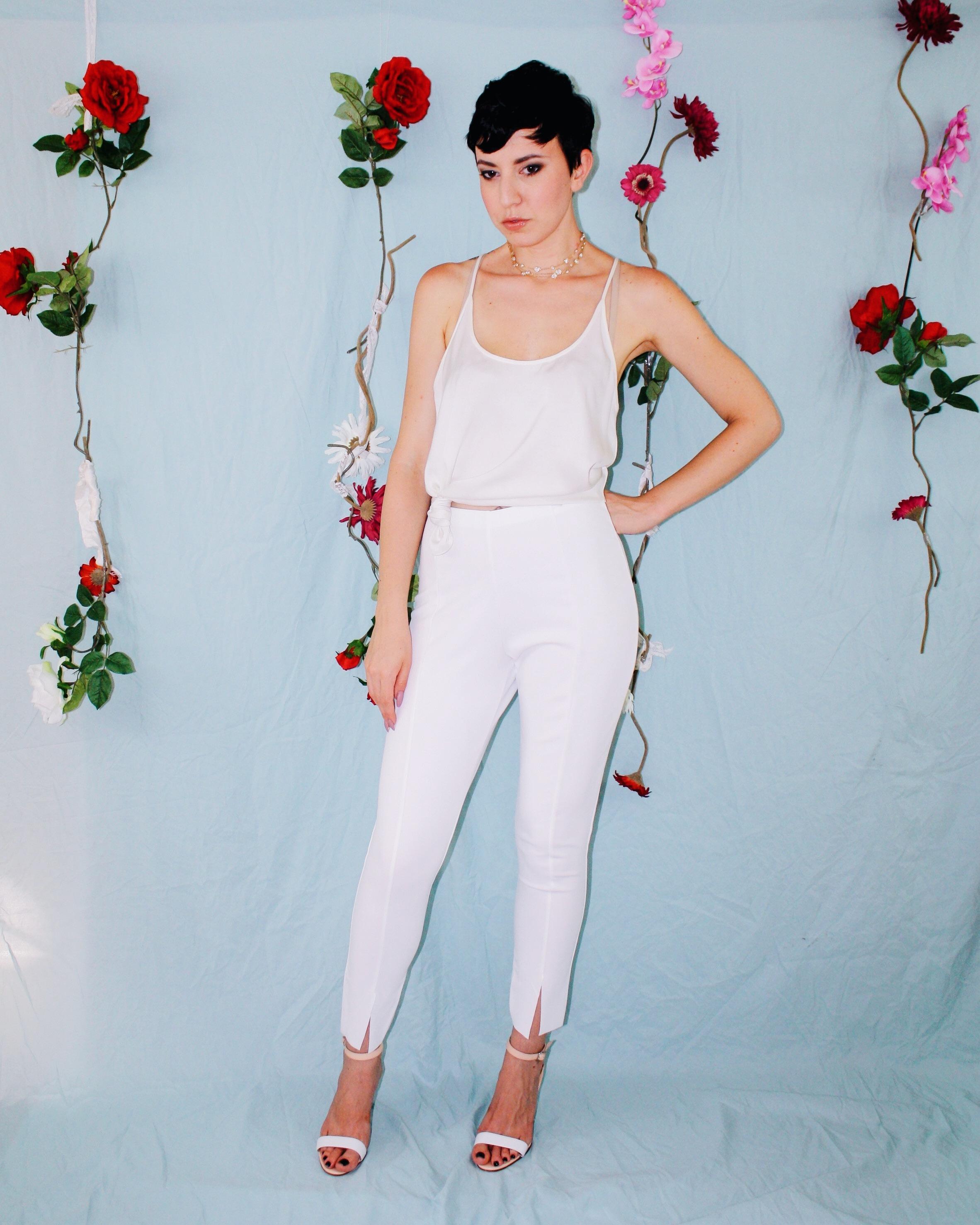 labor day outfit ideas white leggings silk tank lace boustier linen shorts dress 2