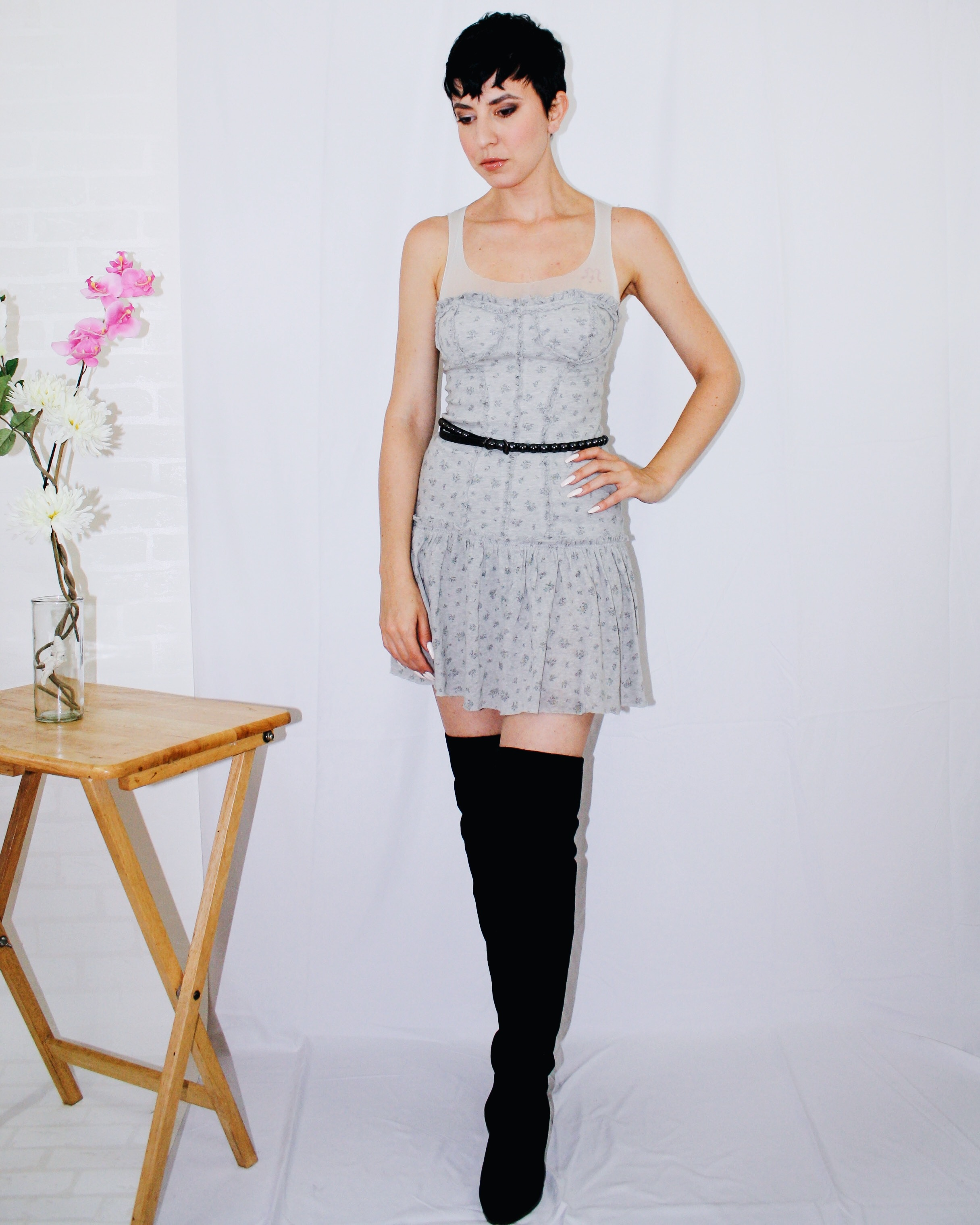 over the knee boots dior dress belt light grey fall outfits lookbook 3