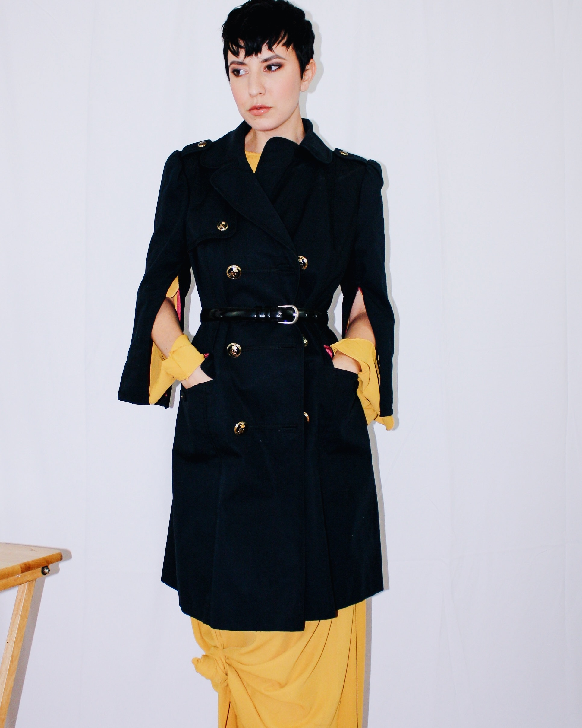 fall and colour mustard yellow missguided trench coat juicy couture manolo blahnik suede boots 5