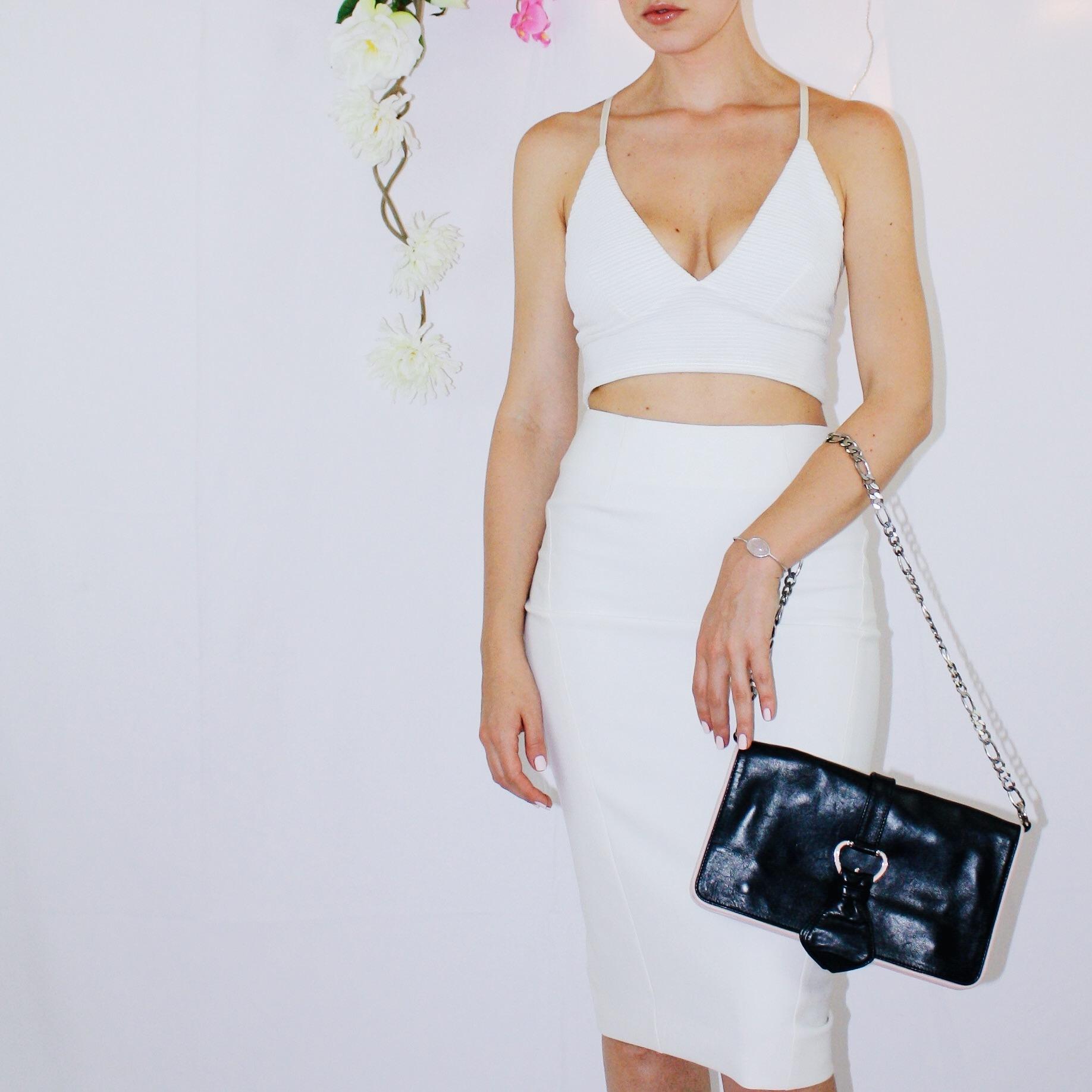 white skirt two ways elizabeth and james vintage second hand missguided crop top bag zipper black sandal dior dolce gabbana 6