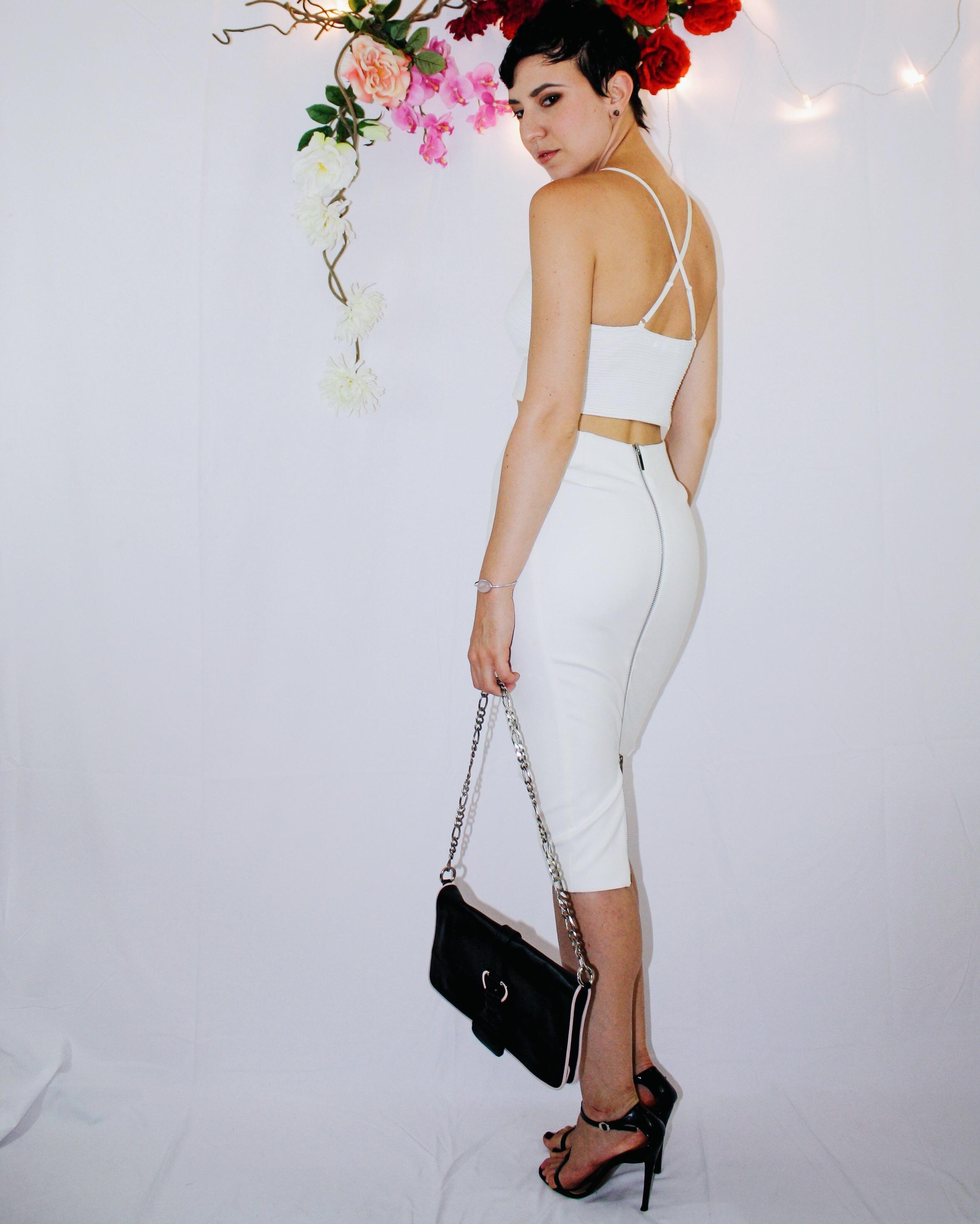 white skirt two ways elizabeth and james vintage second hand missguided crop top bag zipper black sandal dior dolce gabbana 2
