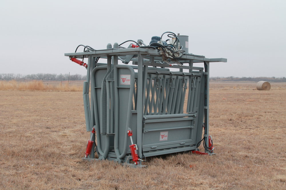 8' Hydraulic chute - Please see list of specs and options below.Weight: 3200 lbs   Dimensions: 9'L x 6'6