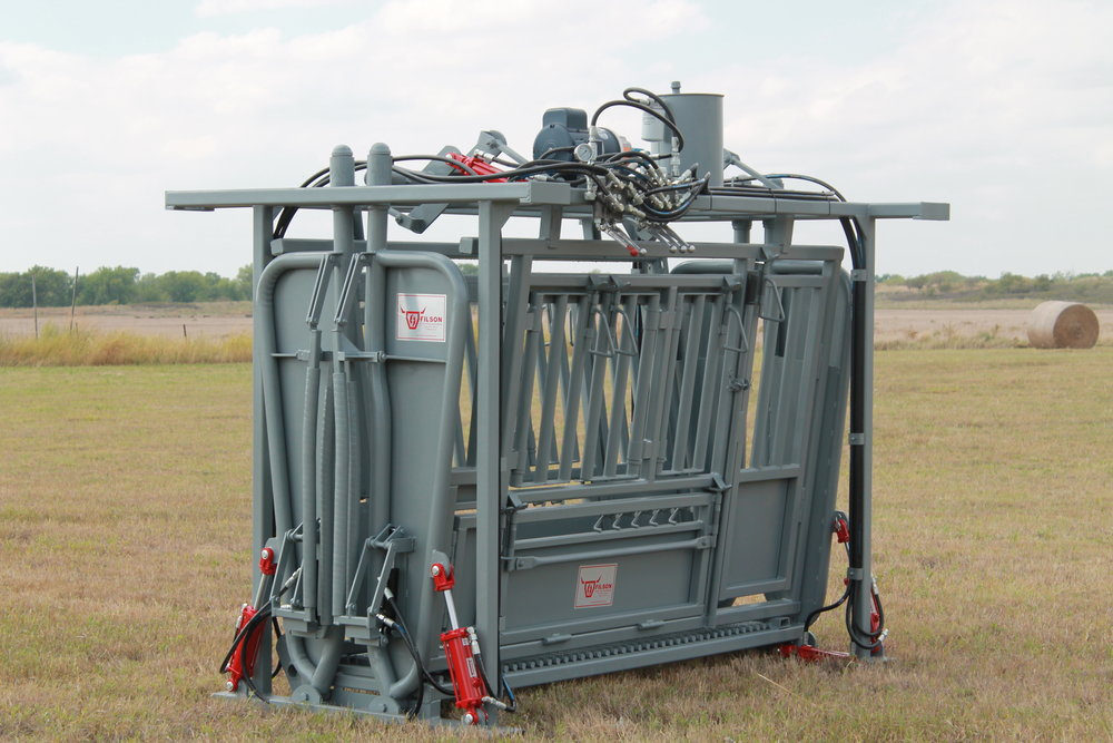 9' hydraulic chute - Please see list of specifications and options below.Weight: 3500 lbs | Dimensions: 10'L x 6'6