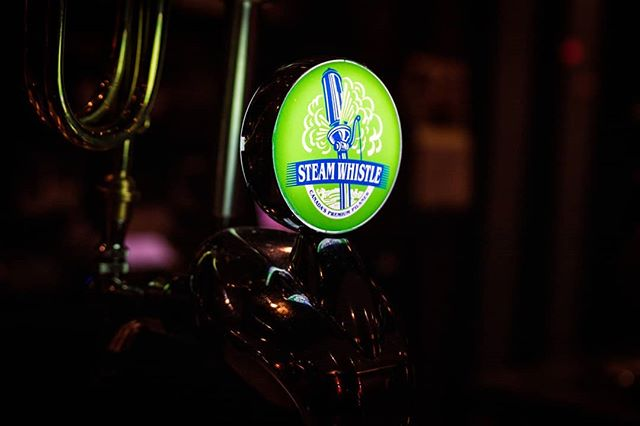 We believe in supporting our local community businesses As a result, we proudly serve  @steamwhistlebrewing on tap at Salto. It's one of our favourite #pilsners as well. 📸: Shot By @gallantmediaworks #jumpintofresh #saltorestaurant #torontonightlife #steamwhistle #gallantmediaworks . . . . . . . . #italian #italianfood #italianrestaurants  #toronto #thesix #torontoevents #events #lovetoronto #torontolife #torontoliving #torontophoto #igerstoronto #yyzeats #toreats #foodtoronto #torontofood #torontofoodie #torontofoodies #tofoodies #tofoodie #beer #torontobars #cravethe6ix