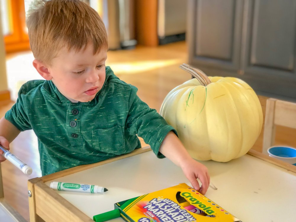 10 Activities You Can Do With Your Toddler That Won T Cost An Arm