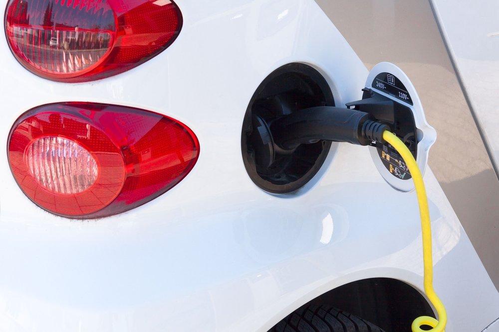 electric-car-734574_1920 copy.jpg