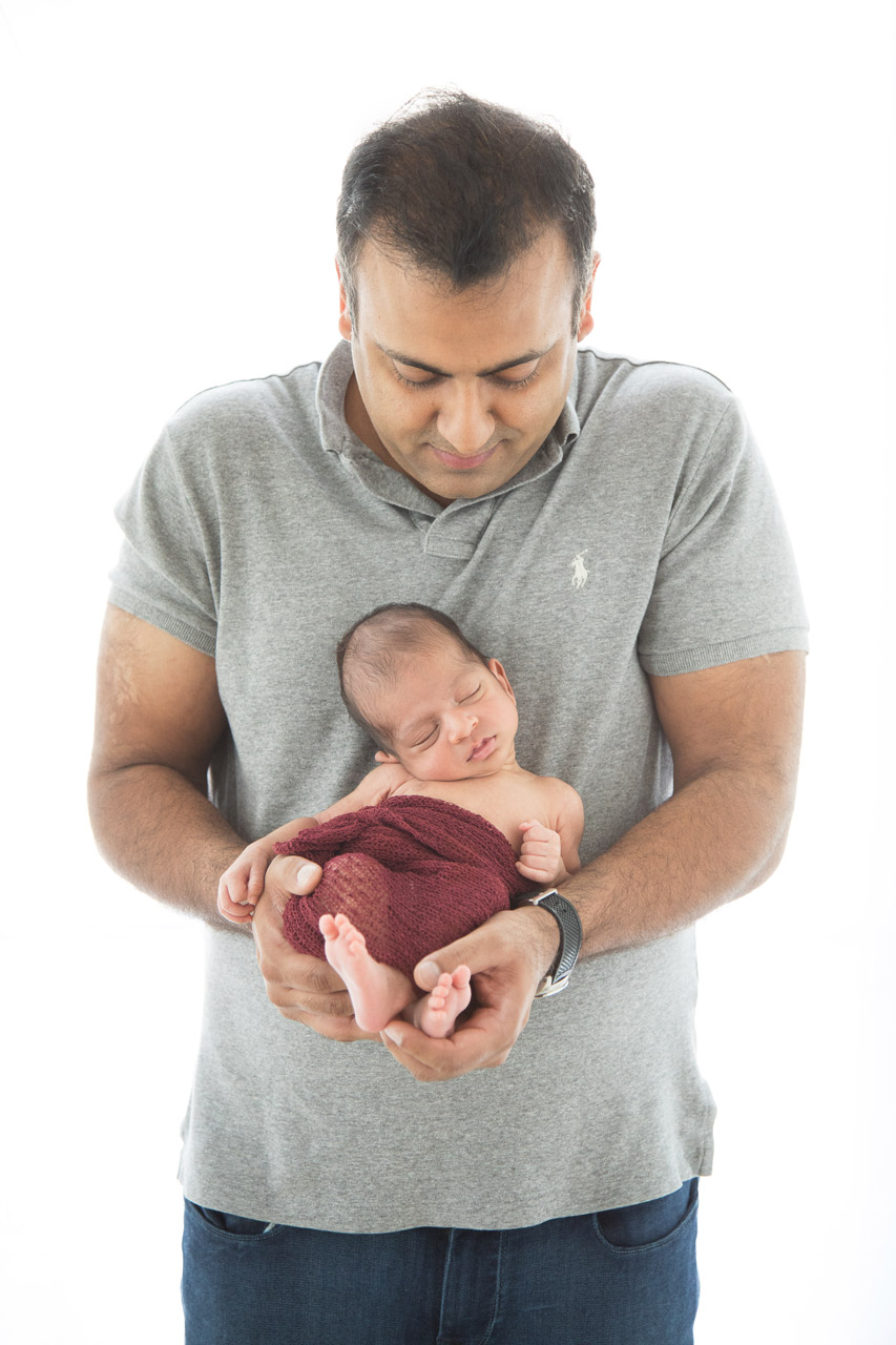 houston_newborn_photographer_baby_father_backlit