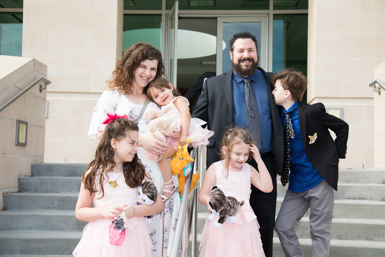 Adoption_day_photography_family_steps