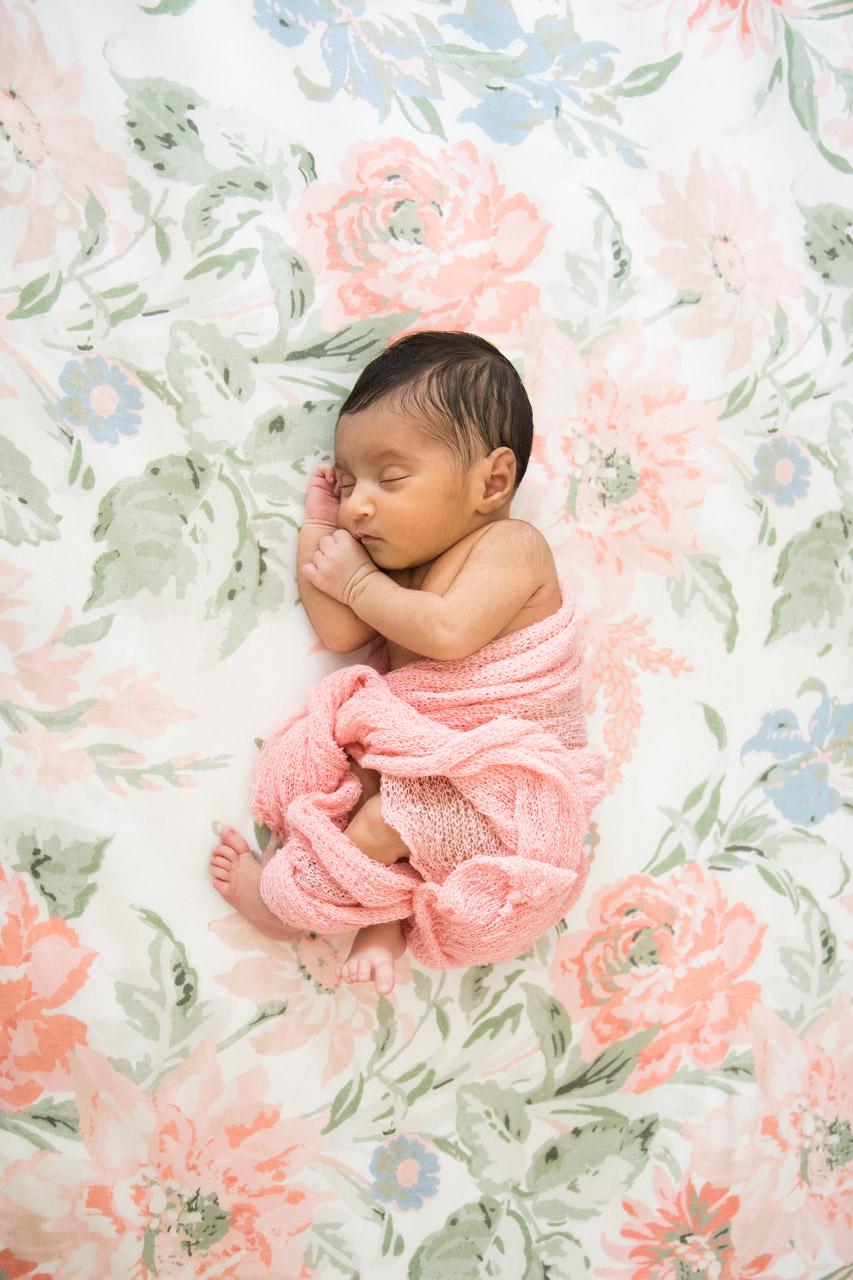 newborn_crib_pink_flowers