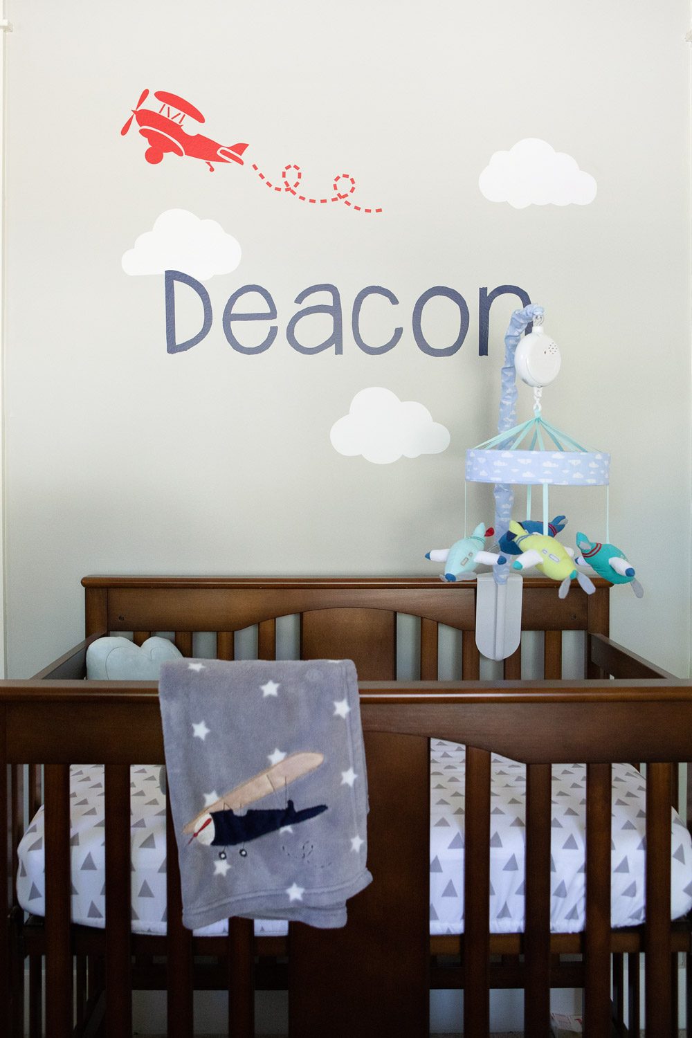 home newborn photography crib and decorations