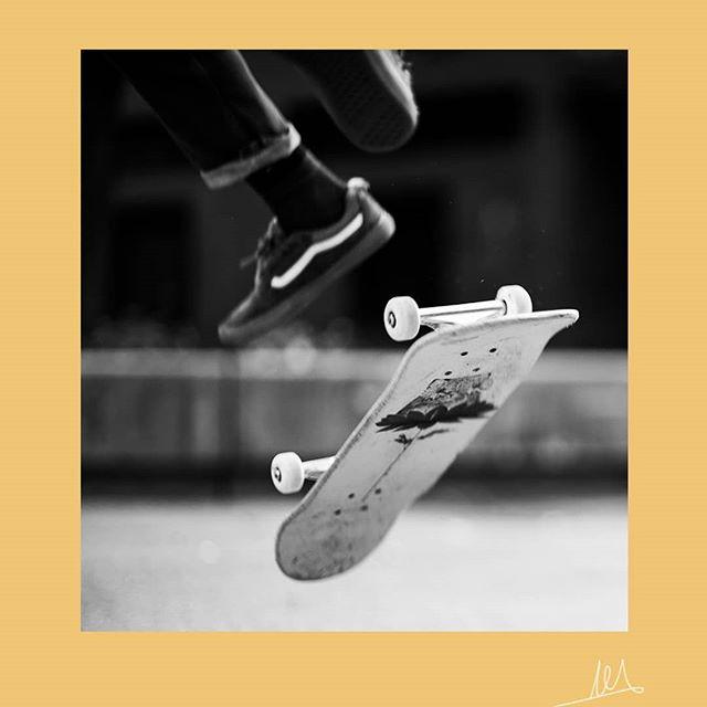 Flippin'  #skateboard #theimaged #visualambassadors #artistsoninstagram #guerrillaarts