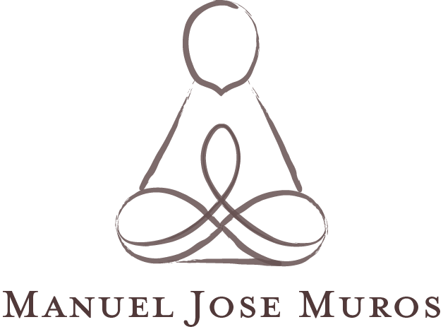 Manny Logo Final.png