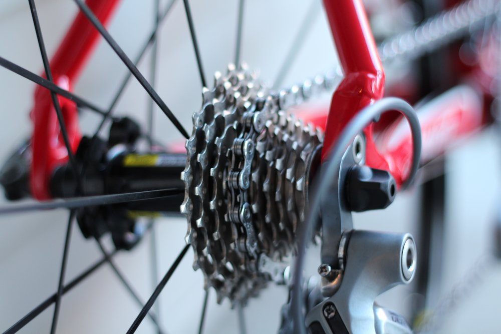 Bicycle chain spinning