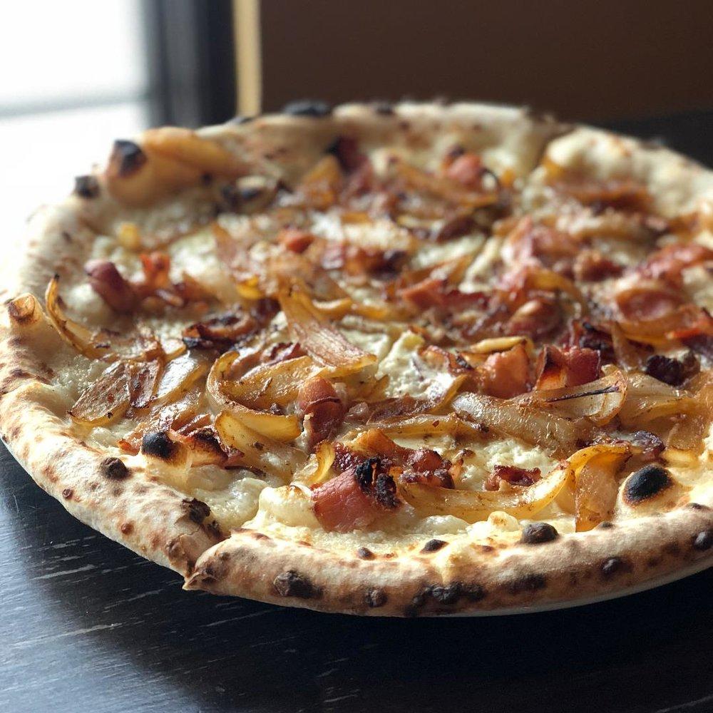 ironwood_pizza_yum.jpg