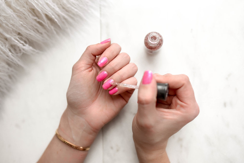 Nails - Manicure: 10-15 creditsGel Manicure: 18-30 creditsPedicure: 18-24 credits