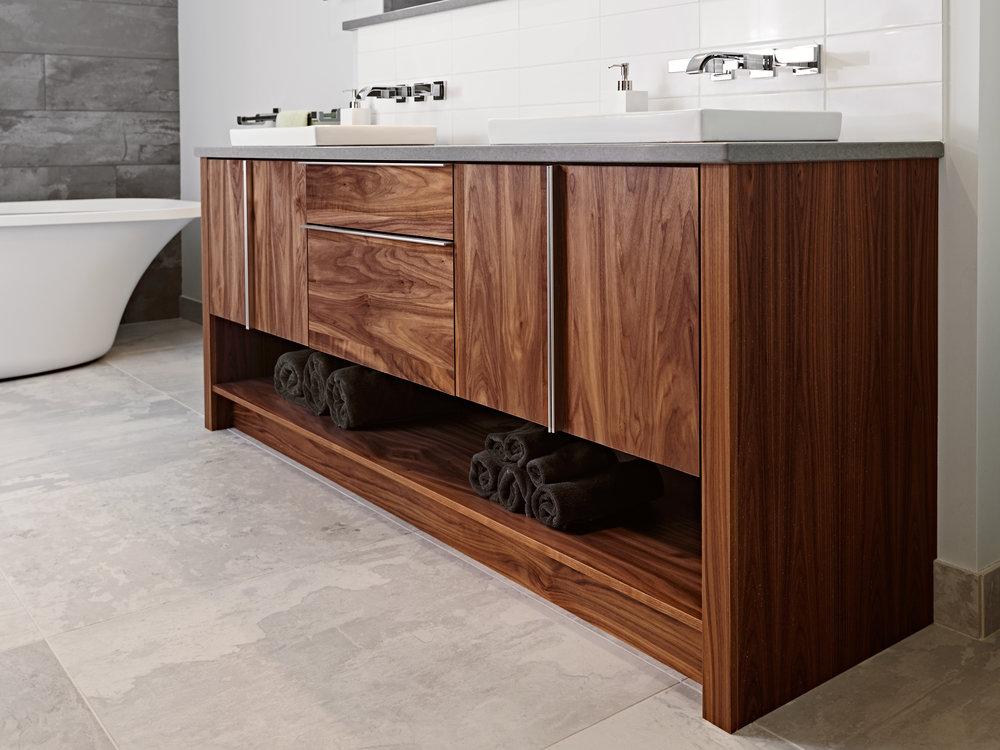 vanity bath.jpg