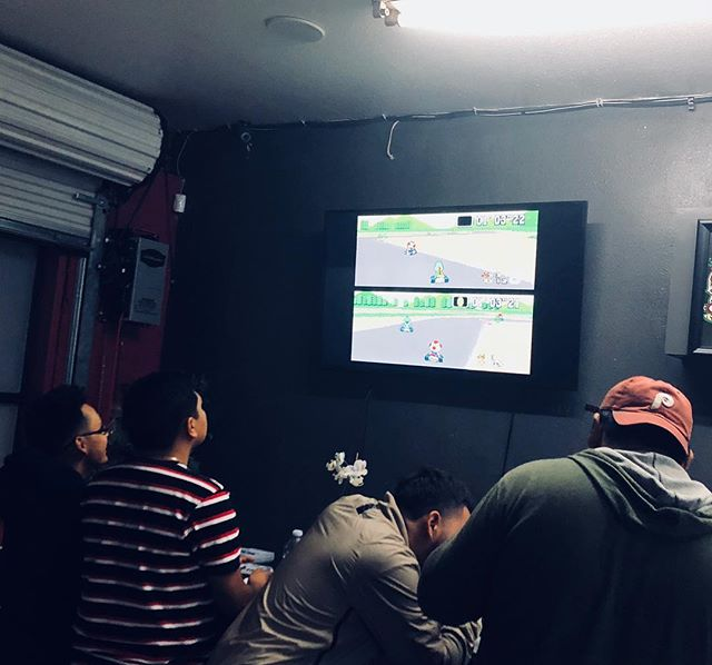 DABS and MARIO KART what more can u ask for  stop by Pasadena 419 get your game on 🚗 🏎#dabsandgames #mariokart #pasadena #pasadena419 #gameon #friday#dabbar #dispensary #collective #weedporn