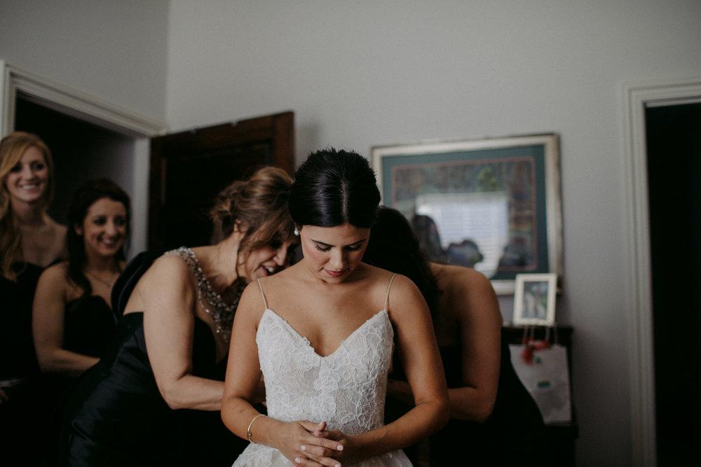 bridegettingready-104.jpg