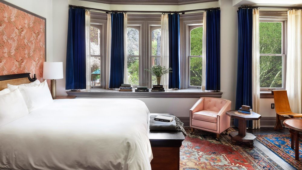 the-high-line-hotel-guestroom-thehigh-line-suite.jpg