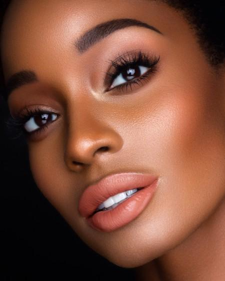 Maquiagem Marrom Simples 4