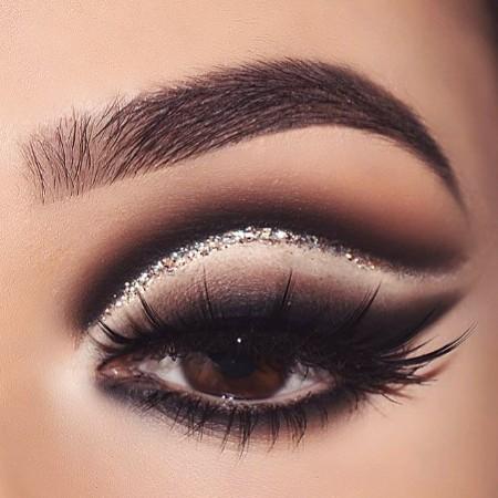 Maquiagem Marrom Com Glitter 3