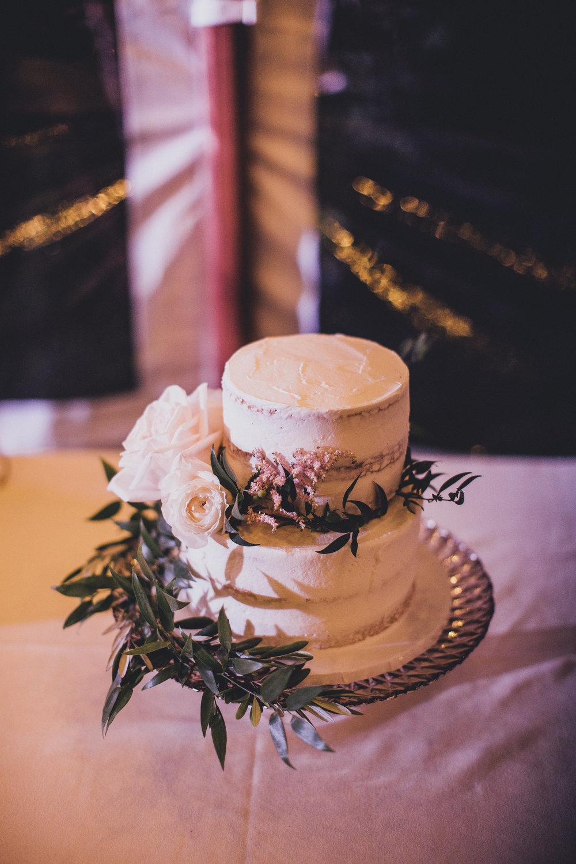 Beautiful Semi-Naked Wedding Cake