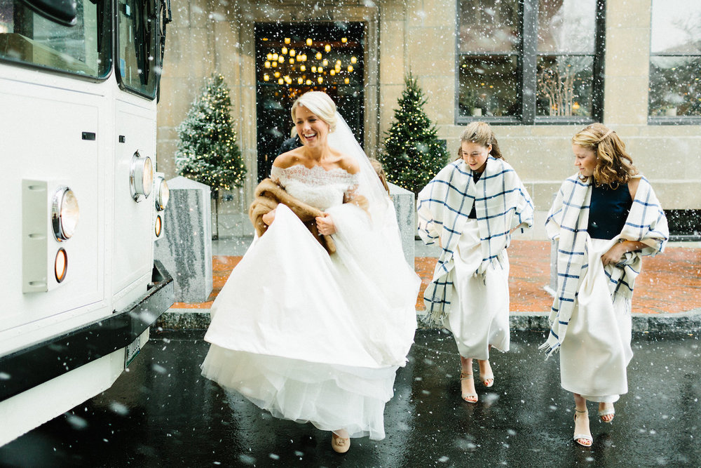 winter-wedding-maine-inspiration.jpg