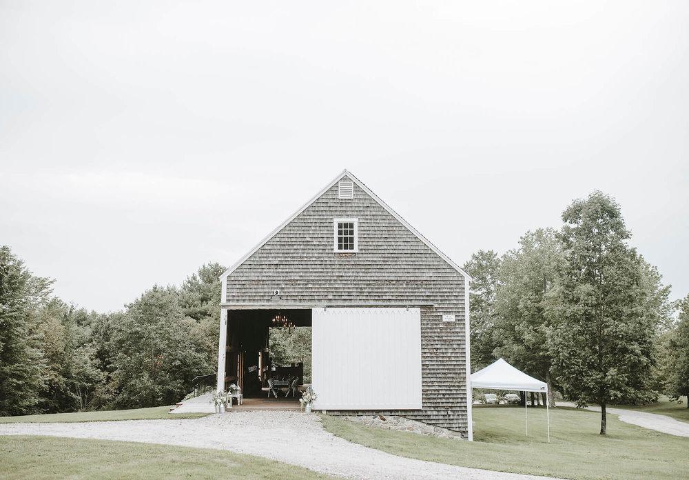 new-england-barn-wedding-cunningham-farm5.jpg