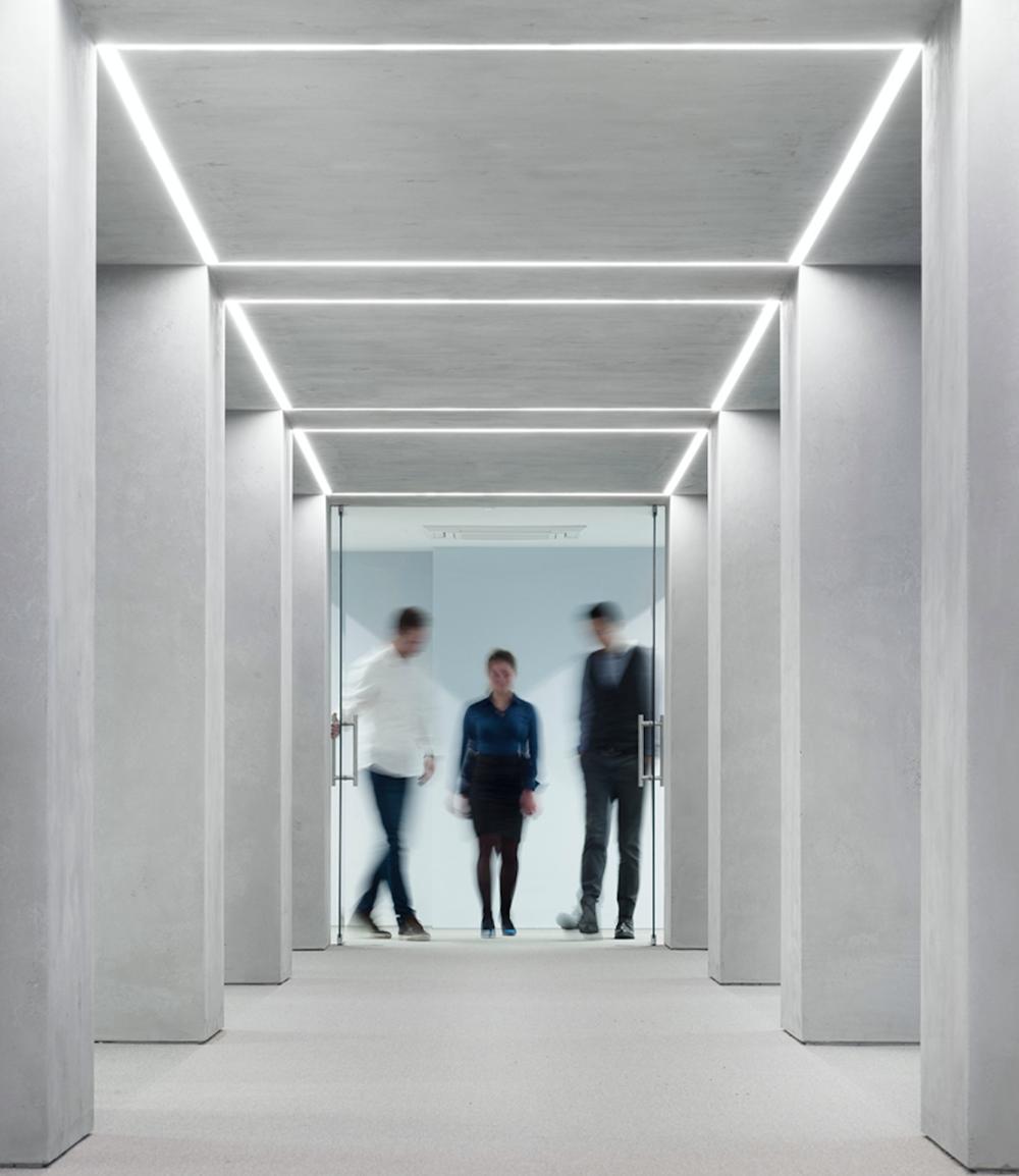 decor-design-kosi-in-partnerji-ljubljanska-borza-kolonada
