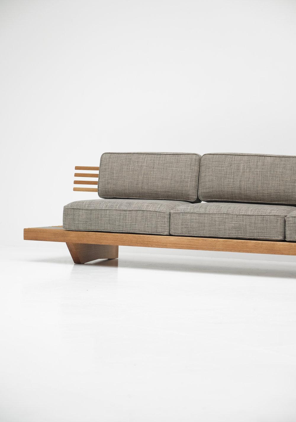 Lenz Vermeulen & Alexandre Lowie - Japanese Bench