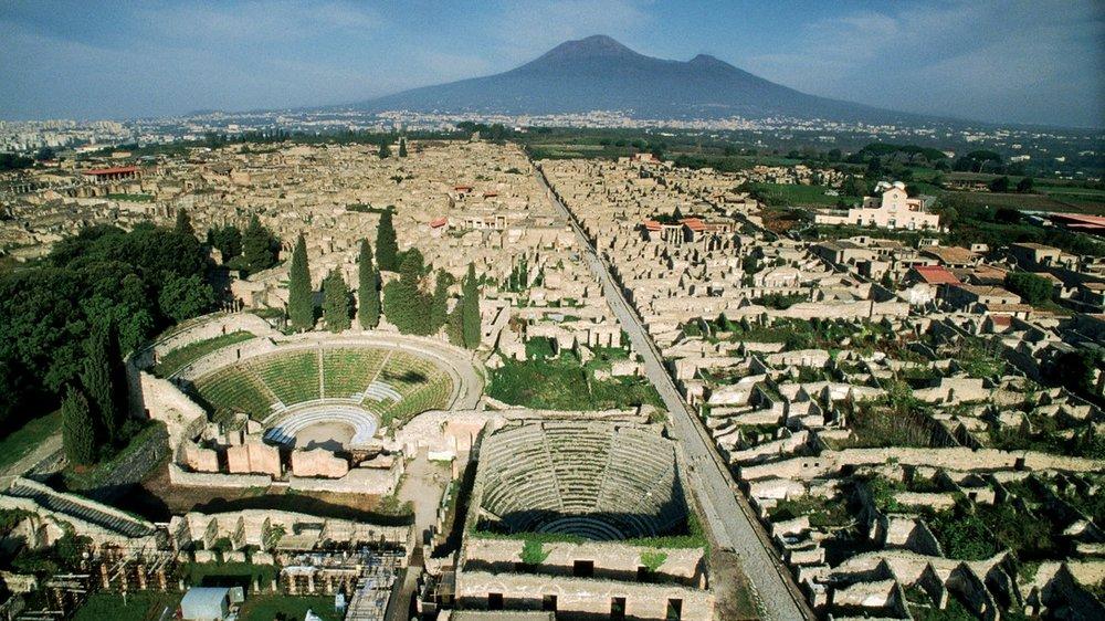 aerial pompeii.jpg