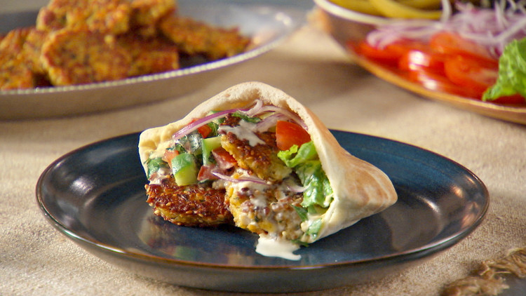 "Israel's ""fast food"" is the falafel!"