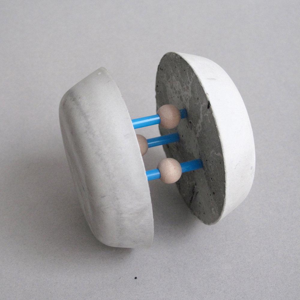 06_IonicBond(MagneticPulse)2013_2.5x2.75x2.75_web.jpg